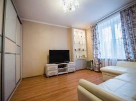Двухкомнатная квартира на ул. Твардовского, д. 10а