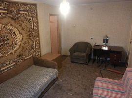 Трехкомнатная квартира на ул. Нахимова, д. 10а
